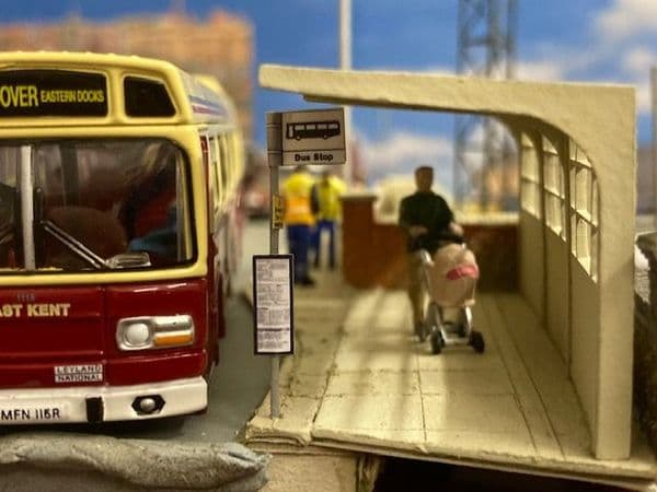 LX157-N 1960s/70's Modular Concrete Bus Shelters N/2mm/1:148